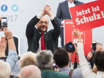 Der Kanzlerkandidat der SPD beim Politischen Aschermittwoch im bayrischen Vilshofen. Foto: Daniel Karmann