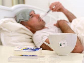 Husten, Schnupfen, Heiserkeit: Viele Menschen leiden zur Zeit an einer Erkältung oder einer Grippe. Das kalte Wetter begünstigt die Verbreitung von Viren. Foto: Andreas Gebert