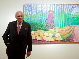 Der Unternehmer und Sammler Reinhold Würth vor dem Gemälde «Felled Trees on Woldgate» von David Hockney. Foto: Britta Pedersen