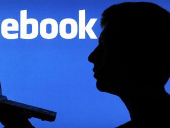 Ein syrischer Flüchtling hat eine einstweilige Verfügung gegen Facebook beantragt, weil in dem Netzwerk mehrfach fälschlich behauptet wurde, er sei für verschiedene Terroranschläge verantwortlich. Foto: Julian Stratenschulte