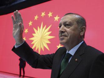 Ein erfolgreiches Referendum in der Türkei würde Staatspräsident Erdogan einen weiteren Machtzuwachs bescheren. Foto: Yasin Bulbul
