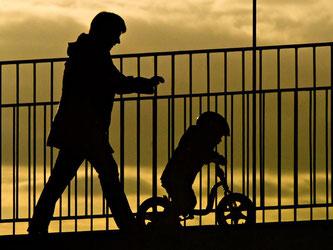 Oft ist der Vater des Kindes unbekannt. Foto: Daniel Bockwoldt
