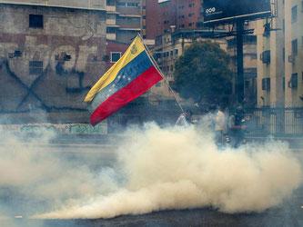 Bis zu sechs Millionen Menschen sollen am Mittwoch in Venezuela demonstriert haben. Foto: Manaure Quintero