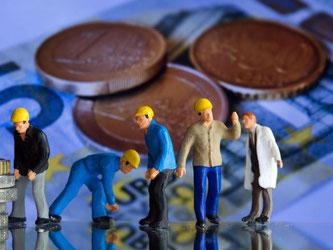 Knapp die Hälfte der geringfügig Beschäftigten bekamen laut Studie 2015 weniger als 8,50 Euro brutto die Stunde. Foto: Jens Büttner/Archiv