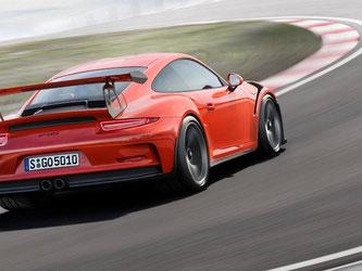 Schnell vergriffen: Vom Porsche 911 GT3 RS werden in jeder Elfer-Baureihe nur wenige Exemplare aufgelegt. Foto: Porsche