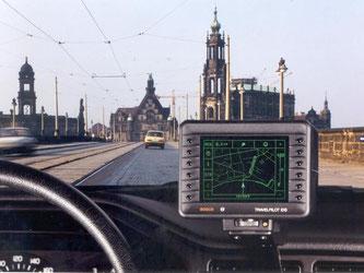 «Sie haben Ihr Ziel erreicht»: Aussagen wie diese sind vielen Autofahrern heute gut bekannt, dem Navigationssystem sei Dank. Das erste Navi startete entstand in Niedersachsen. Foto: Bosch