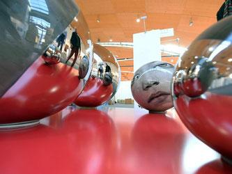 Die Kunstmesse art Karlsruhe. Foto: Uli Deck