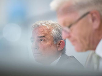 Thomas Strobl (CDU, l) und Winfried Kretschmann (Grüne). Foto: Marijan Murat/Archiv
