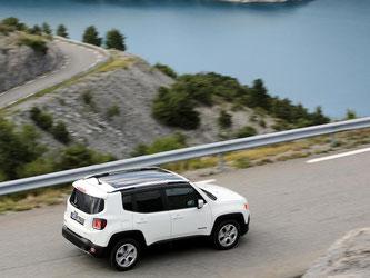 Jeep unterwirft sich nicht ganz dem Lifestyle. So ist der Renegade ein kantiger, robuster Typ. Foto: Jeep