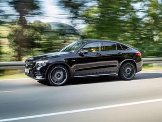 Das Mercedes CLC Coupé gibt es demnächst als AMG-Version GLC 43. Der schöngeistige SUV wird auf dem Pariser Salon im Oktober vorgestellt. Foto: Daimler AG