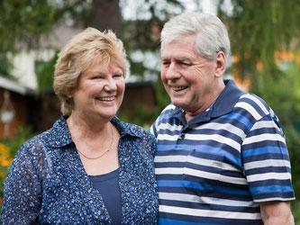 Auch Senioren brauchen noch Versicherungen - manche sind unabdingbar, andere sinnvoll und manche überflüssig. Foto: Silvia Marks