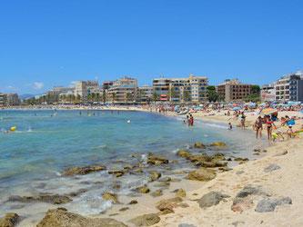Sonne, Strände, Partys und Natur: Mallorca erfüllt viele Urlauberwünsche. Im Sommer 2017 ist die Nachfrage besonders hoch. Foto: Stephanie Schuster