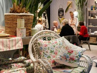Der Landhausstil steht für ein gemütliches Zuhause. Er gilt als einer der Wohntrends. Foto: Jean-Luc Valentin/Messe Frankfurt Exhibition GmbH