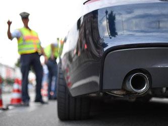 Breit und laut: In Mannheim machen die Autoposer den Anwohnern das Leben zur Hölle. Foto: Uwe Anspach