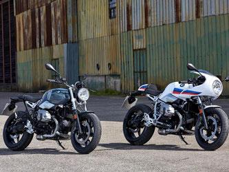 Puristisch schön: BMW knüpft mit der neuen nineT Pure (l) und der R nineT Racer klar an das Design früherer Tage an. Foto: BMW