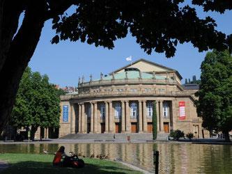 Das Opernhaus in Stuttgar. Foto: Bernd Weißbrod/Archiv