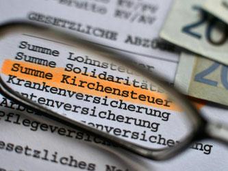 Trotz sinkender Mitgliederzahlen sind die Kirchensteuereinnahmen in Deutschland auf einen Rekordstand gestiegen. Foto: Hendrik Schmidt