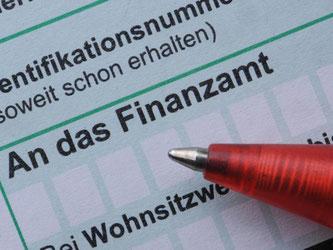 Ende Mai sollte man seine Steuererklärung abgeben. Foto: Armin Weigel