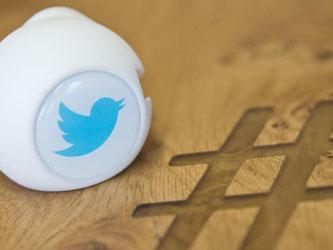 Beim Kurznachrichtendienst Twitter ist nun möglich, eine Echtheitsprüfung zu veranlassen und kann damit seinen eigenen Account bestätigen lassen. Foto: Christian Charisius