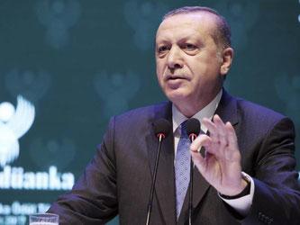 Die Verantwortlichen müssten wegen «Beihilfe zum Terror vor Gericht kommen»: Recep Tayyip Erdogan. Foto: Yasin Bulbul