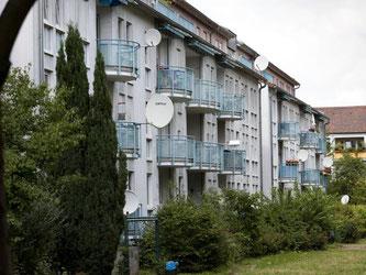 Mieterschützer werfen Immobilienkonzernen vor, die Mieten in die Höhe zu treiben. Die Verwalter argumentierten oft mit Vergleichswohnungen. Foto: Frank Rumpenhorst/dpa