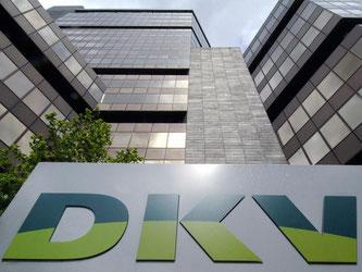 Beim zweitgrößten privaten Krankenversicherer, der DKV, steigen die Tarife pro Monat um bis zu 130 Euro. Foto: Oliver Berg/Archiv