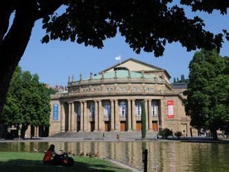 Das Opernhaus in Stuttgart. Foto: Bernd Weißbrod/Archiv