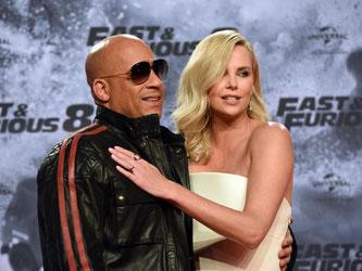 Vin Diesel und Charlize Theron bei der Premiere von «Fast & Furious 8» in Berlin. Foto: Maurizio Gambarini