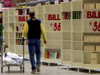 """Bestseller-Regal """"Billy"""": Ikea hat das unbefristete Umtauschrecht in Deutschland bekräftigt. Foto: Frank May/Archiv"""
