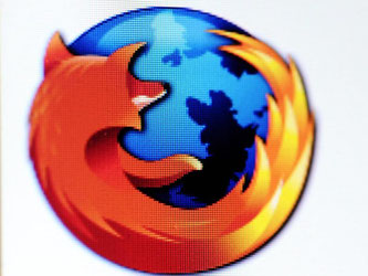 Die Firefox-Version 39 ermöglicht es, Dateien aus dem Internet sicher herunterzuladen, und schützt vor Tracking. Foto: Jan-Philipp Strobel