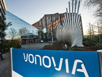 Der Immobilienkonzern Vonovia versucht seit Langem den Konkurrenten Deutsche Wohnen zu übernehmen. Im Übernahmekampf ist er nun gescheitert. Foto: Bernd Thissen/Archiv