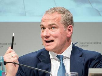 Kommt nun eine Gegenangebot für die LWE? Carsten Kengeter, Vorstandsvorsitzender der Deutsche Börse AG. Foto: Alexander Heinl
