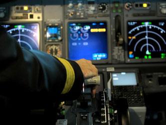 Nach der Germanwings-Katastrophe war eine Zwei-Personen-Regelung eingeführt worden. Foto: Caroline Seidel