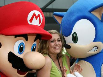Mario und Sonic gehören zu den Videospielhelden, die wohl nie aus der Mode kommen. Foto: Ursula Düren