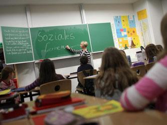 Eine PISA-Sonderauswertung zum Wohlbefinden von Jugendlichen zeigt, dass viele Schüler in Deutschland gemobbt werden. Foto: Fredrik von Erichsen/Symbolbild