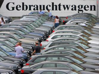 Das Angebot an Gebrauchtwagen wächst, aber auch die Zahl der Suchenden. Zu diesem Fazit kommen die Marktbeobachter der Deutschen Automobil Treuhand. die Foto: Arne Dedert