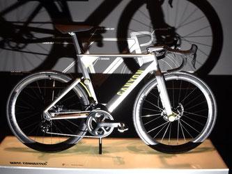 Das vernetzte Fahrrad «Projekt MRSC Connected» wurde bereits 2014 bei der Messe Eurobike am Stand von Canyon vorgestellt. Foto: Felix Kästle