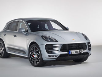 Frisch aus dem Trainingslager: Unter anderem mehr Leistung, strammeres Fahrwerk und bessere Bremsen soll das neue Performance Package für den Porsche Macan Turbo bieten. Foto: Porsche