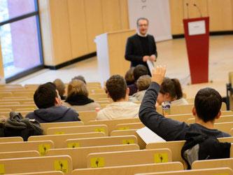 Die Bucerius Law School in Hamburg gehört zu dem privaten Hochschulsektor in Deutschland. Foto: Daniel Reinhardt/dpa