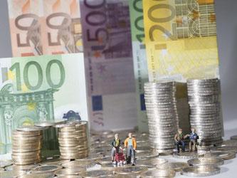 Trotz Minizins ist auch die Sparquote der Menschen weiter gestiegen. Foto: Marc Müller