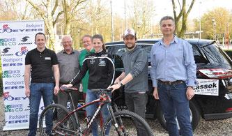 v.l. Markus Bachmann (Otten GmbH), Dietmar Lassek, Horst Koopmann-Otten, Thomas Weyers, Abdul Seapi (Lassek GmbH)