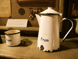 das Kaffeegeschirr auf der Fram