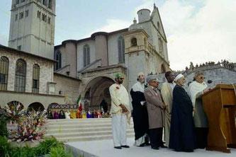 Le Shaykh Abd al-Wahid Pallavicini, à Assise, en 1986