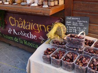 Stand Châtaigne d'Ardèche, Julien de la Rocca, Marché de Noël de Gap, Hautes Alpes