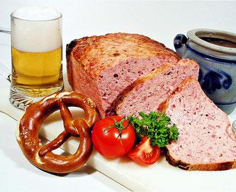 Brotzeit Leberkäse Breze Bier