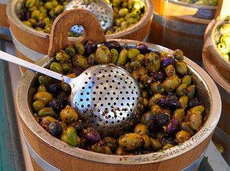 Oliven verarbeitet