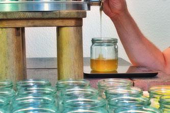 Honig abfüllen Imker