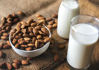 Mandeln Milch