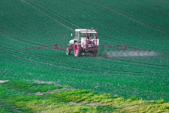 Pestizide Traktor