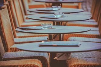 Gasthaus Tische leer
